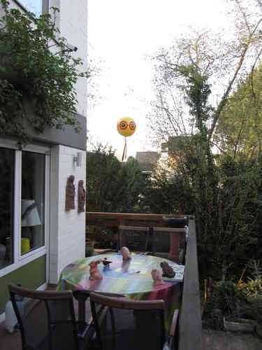 vogelschreck ballon mit halterung wild und vogelabwehr. Black Bedroom Furniture Sets. Home Design Ideas